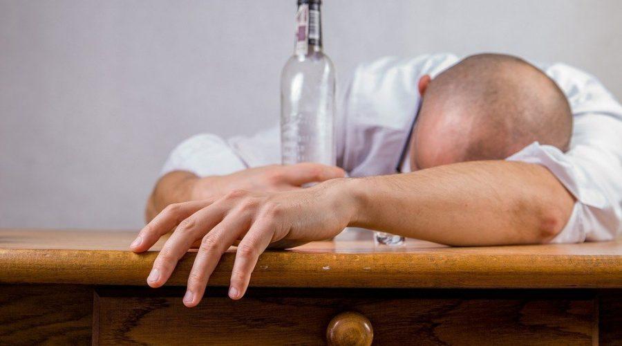 Sæt en stopper for misbruget med en alkoholbehandling