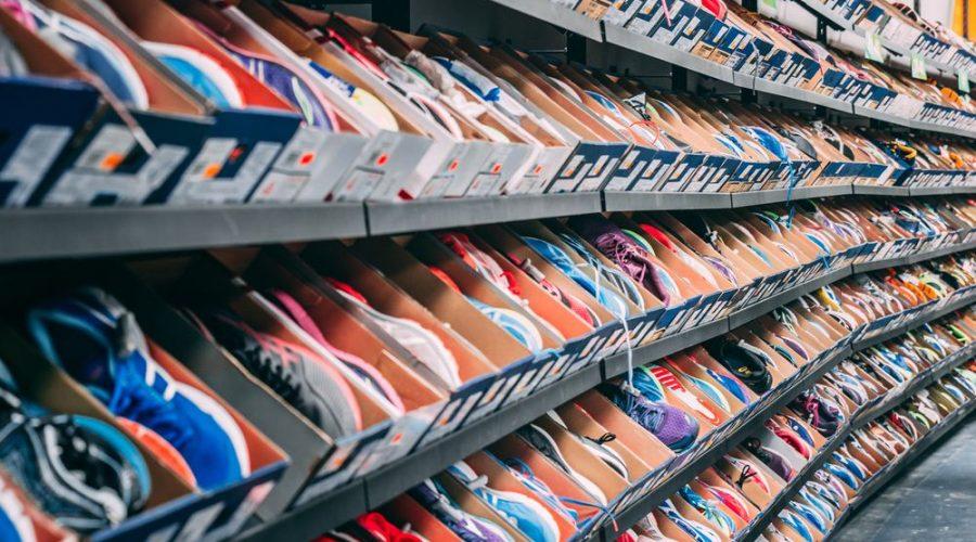 Køb sneakers i mange forskellige farver og designs